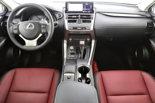 LEXUS NX 300H BUSINESS EDITION PLUS 2.5i 4WD + GPS + LEDER + CAMERA