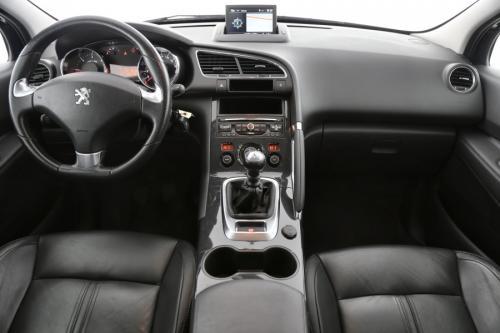 PEUGEOT 3008 ACTIVE 1.6 HDI + GPS + LEDER + AIRCO + CRUISE + PDC + TREKHAAK + ALU 17 + XENON