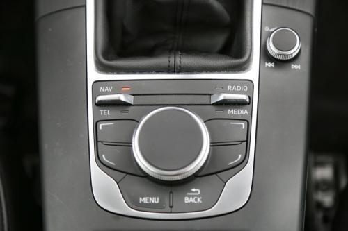AUDI A3 LIMOUSINE AMBIENTE 1.6 TDI + GPS + AIRCO + CRUISE + PDC + ALU 16
