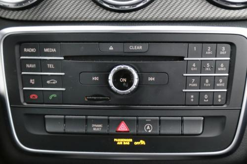 MERCEDES-BENZ GLA 180 STYLE d  7G-DCT  + GPS + LEDER + AIRCO + CRUISE + ALU 17