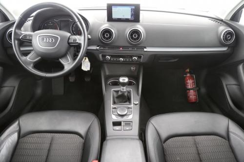 AUDI A3 LIMOUSINE AMBIENTE 1.6 TDI + GPS + AIRCO + CRUISE + PDC