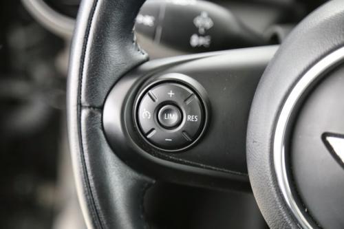 MINI Cooper 1.5i + GPS + AIRCO + CRUISE + PDC + ALU + PANO DAK