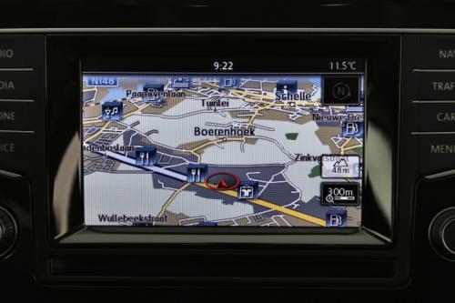 VOLKSWAGEN Golf HIGHLINE 1.6 TDI + GPS + AIRCO + CRUISE + PDC + ALU 16 + XENON