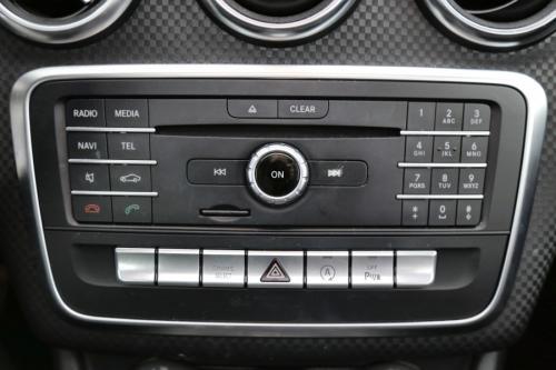 MERCEDES-BENZ A 200 Urban DA 7G-DCT + GPS + AIRCO + CRUISE + PDC + ALU 17