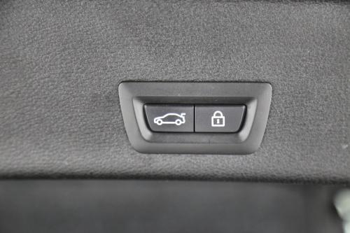 BMW X4 xDRIVE dA + GPS + LEDER + AIRCO + CRUISE + PDC + CAMERA + ALU 18 + XENON