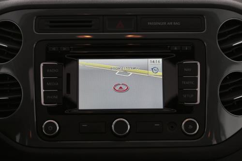VOLKSWAGEN Tiguan TREND BMT 2.0 TDI + GPS + AIRCO + PDC + PANO DAK + ALU 16
