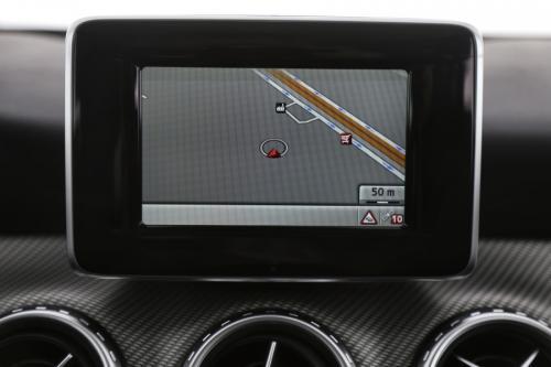 MERCEDES-BENZ GLA 180 Style CDI + GPS + AIRCO + PDC + ALU 17