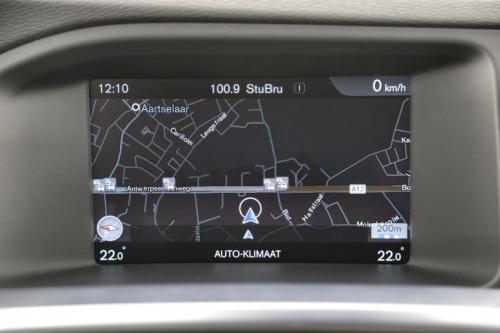 VOLVO V60 Kinetic 1.6D2 + GPS + AIRCO + CRUISE + PDC + ALU 16