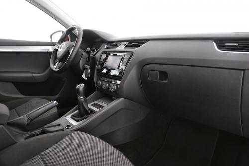 SKODA Octavia Ambition GreenTec 1.2TSI + GPS + AIRCO + CRUISE + PDC + ALU 17 + TREKHAAK