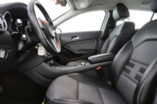 MERCEDES-BENZ GLA 200 Style  CDI A + GPS + AIRCO + CRUISE + CAMERA + ALU 17