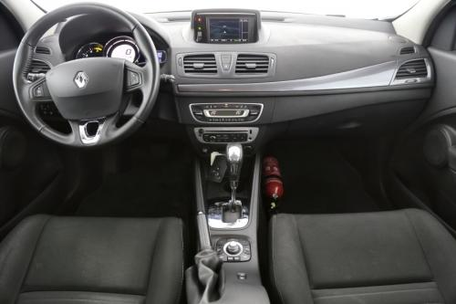 RENAULT Megane Grandtour Limited 1.5 dci + A/T + GPS + AIRCO + CRUISE + PDC + ALU 16 + TREKHAAK