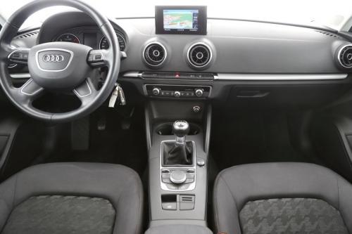 AUDI A3 Attraction 1.6 TDI Ultra + GPS + AIRCO + PDC + ALU 16 + XENON