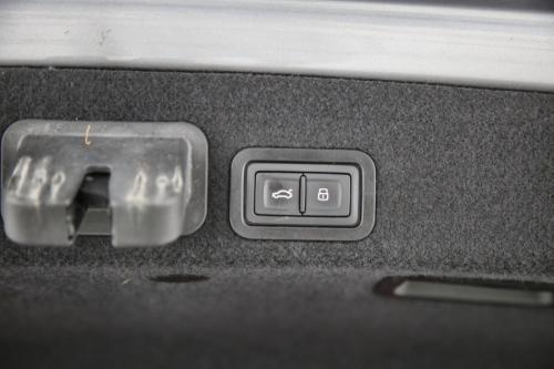AUDI A6 Ultra 2.0 TDI  S-Tronic + GPS + LEDER + AIRCO + CRUISE + PDC + CAMERA + ALU 17 + XENON