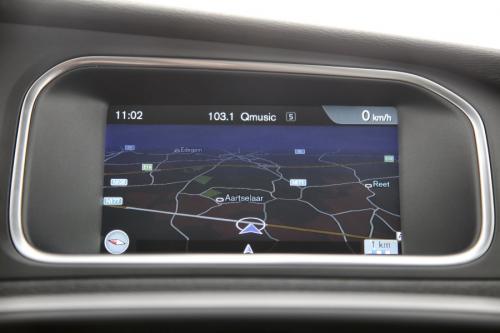 VOLVO V40 Base 1.6D2 + GPS + LEDER + AIRCO + CRUISE + PDC + ALU