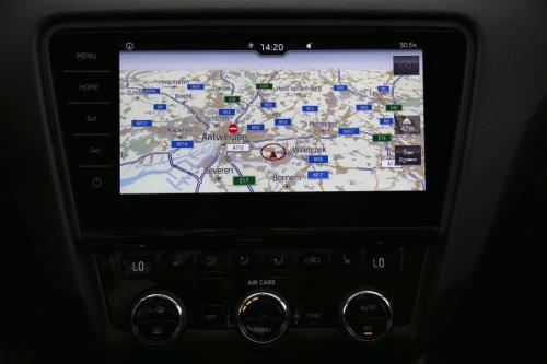 SKODA Octavia COMBI STYLE 1.4 TGI G-Tec + GPS + AIRCO + CRUISE + PDC + ALU 16 + TREKHAAK + XENON