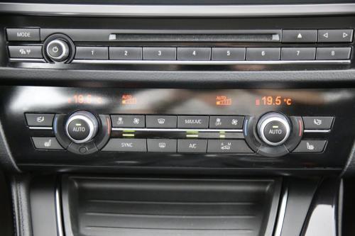 BMW 518 d + GPS + LEDER + CRUISE + PDC + ALU 17 + XENON