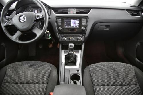 SKODA Octavia Combi Ambition GreenTec 1.6 TDI + GPS + AIRCO + CRUISE + PDC + ALU 16