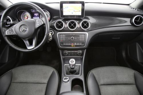 MERCEDES-BENZ CLA 200 Shooting Brake d + GPS + AIRCO + PDC + ALU 16 + TREKHAAK