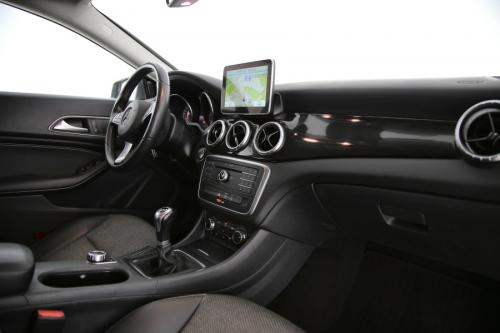 MERCEDES-BENZ CLA 200 Shooting Brake d + GPS + AIRCO + PDC + ALU 16