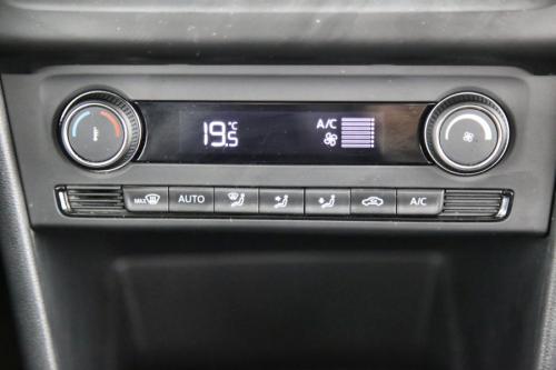 VOLKSWAGEN Polo Trendline BMT 1.4 TDI + GPS + AIRCO + CRUISE