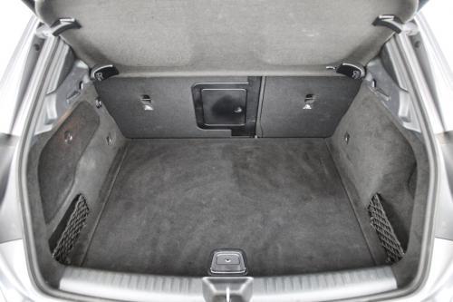MERCEDES-BENZ GLA 200 Style i + GPS + LEDER + AIRCO + CRUISE + PDC + CAMERA + ALU 17