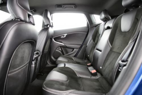 VOLVO V40 R-Design 2.0D3 GearTronic + GPS + AIRCO + CRUISE + PDC + ALU 16
