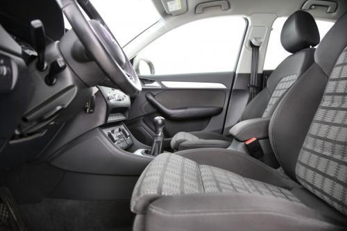 AUDI Q3 Sport 2.0 TDI + GPS + AIRCO + CRUISE + PDC + CAMERA + ALU 17 + XENON