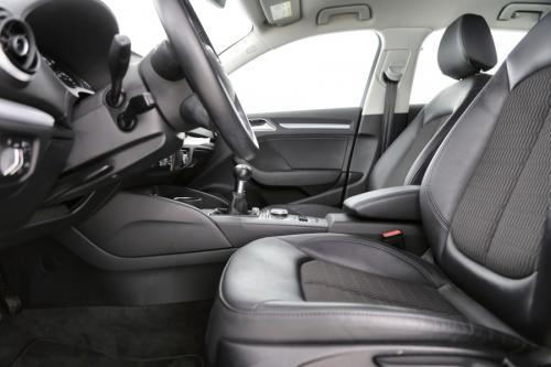 AUDI A3 Sportback Ambiente 1.6 TDI + GPS + AIRCO + CRUISE + PDC + ALU 16 + TREKHAAK