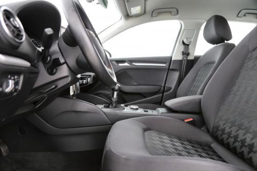 AUDI A3 Sportback Ultra Attraction 1.6 TDI + GPS + AIRCO + CRUISE + PDC + ALU 16 + TREKHAAK