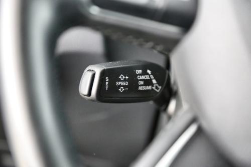 AUDI Q3 2.0 TDI  Ultra + GPS + LEDER +  AIRCO + CRUISE + PDC + ALU 16 + XENON