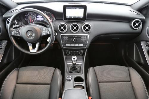 MERCEDES-BENZ A 160 Style d + GPS + AIRCO + PDC + ALU 16