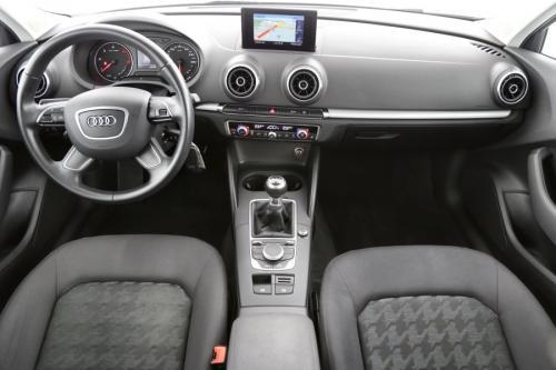 AUDI A3 Sportback Ultra Attraction 1.6 TDI + GPS + AIRCO + CRUISE + PDC + ALU 16