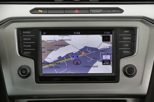 VOLKSWAGEN Passat Variant Comfortline 1.6 TDI + GPS + AIRCO + CRUISE + PDC + ALU 16