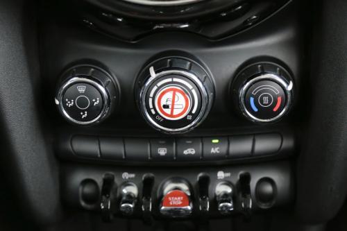 MINI Cooper 1.5i + GPS + AIRCO + CRUISE + PDC + ALU