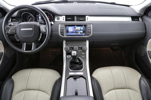 LAND ROVER Range Rover Evoque SE Dynamic 2.0eD4 2WD + GPS + LEDER + AIRCO + CRUISE + PDC + CAMERA + ALU 18 + XENON