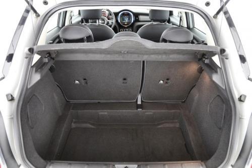 MINI Cooper 1.5d +GPS + AIRCO + CRUISE + PDC + ALU