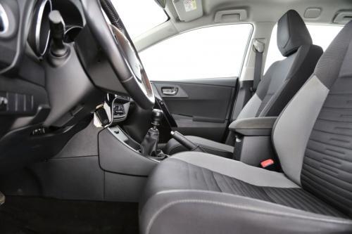 TOYOTA Auris Touring Sports Dynamic 1.4 D4-D + GPS + AIRCO + CRUISE + CAMERA + ALU 16