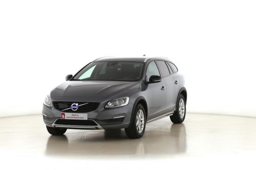 VOLVO V60 CROSS COUNTRY  Kinetic 2.0D3 + GPS + PDC + CRUISE + ALU 16