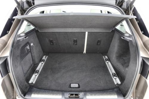 LAND ROVER Range Rover Evoque Prestige 2.2eD4 2WD + GPS + LEDER + PANO DAK + XENON+ PDC + ALU 19