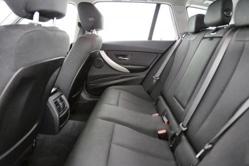BMW 316 Touring dA + PDC + ELECTRICAL TRUNK + AIRCO