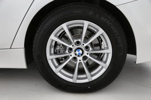 BMW 320 Efficient Dynamics dA + GPS + PDC + CRUISE + AIRCO + ALU 16