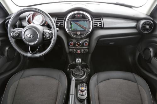 MINI Cooper 1.5i + GPS + PDC + CRUISE + AIRCO + ALU
