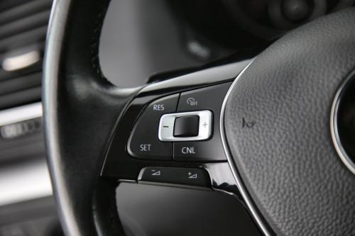 VOLKSWAGEN Sharan ComfortLine BMT 2.0 TDI DSG + GPS + LEDER + PDC + CRUISE + AIRCO + ALU 16