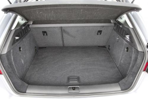 AUDI A3 Sportback Ultra Attraction 1.6 TDI + GPS + PDC + AIRCO + ALU 16