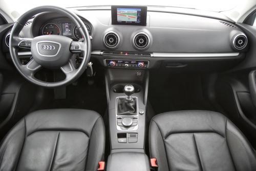 AUDI A3 Attraction 1.6 TDI Ultra + GPS + LEDER + CRUISE + PDC + XENON + ALU 16