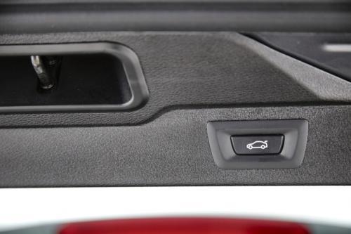 BMW X5 sDrive 25dA + GPS + LEDER + PDC + CAMERA + PANO DAK + TREKHAAK + ALU 18 + XENON
