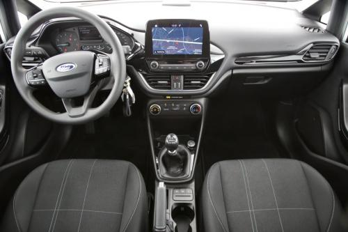 FORD Fiesta Business Class 1.0i EcoBoost + GPS + PDC + AIRCO + ALU