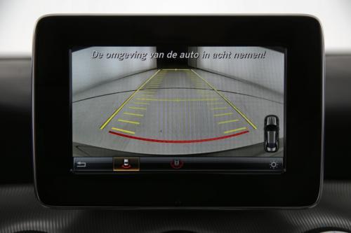 MERCEDES-BENZ CLA 200 Urban cdi + GPS + PDC + CAMERA + CRUISE + XENON + ALU 18