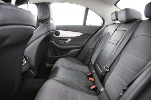MERCEDES-BENZ C 300 Avantgarde dA BlueTec Hybrid 7G-Tronic + GPS + PDC + CRUISE + ALU 17