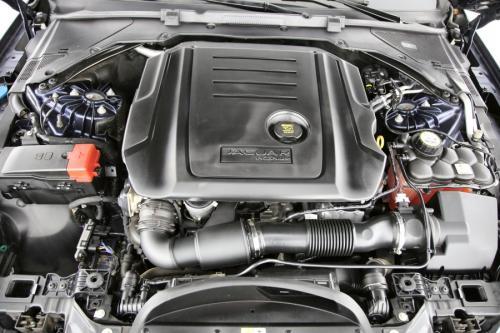 JAGUAR XF Prestige E-Performance 2.0D + A/T + GPS + LEDER + CAMERA + PDC + ALU 17